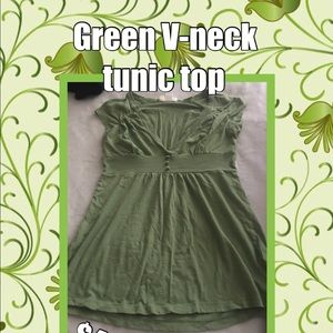 Beautiful and adorable green deep v-neck tunic top
